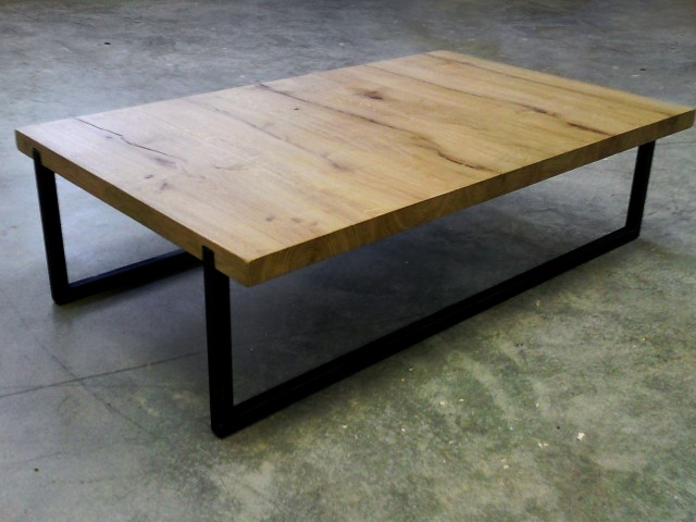 SHORT TABLE