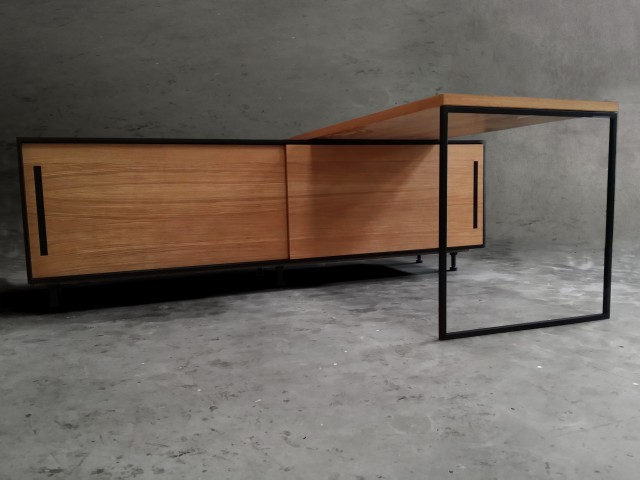 (Français) SIMPLE DESK